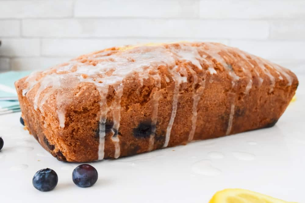 lemon and blueberry drizzle cake recipe