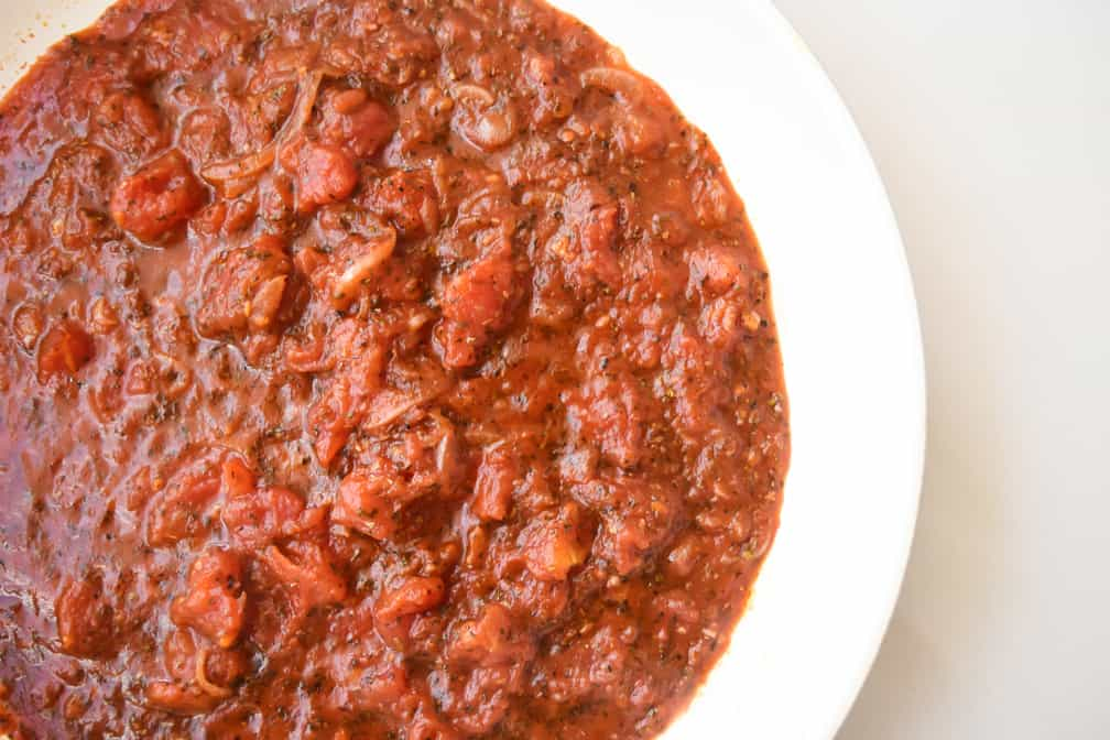 photograph of tomato sauce