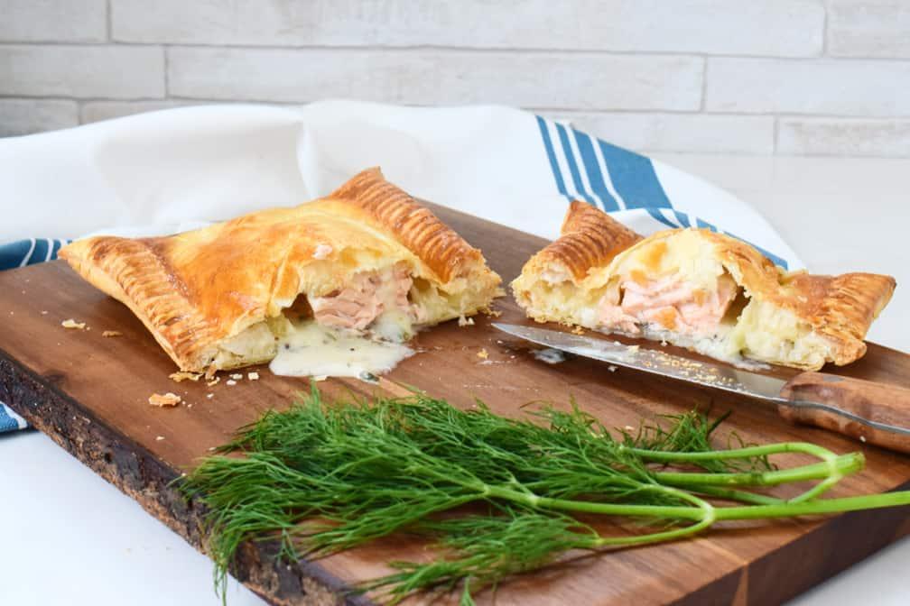 creamy dill salmon en croute recipe