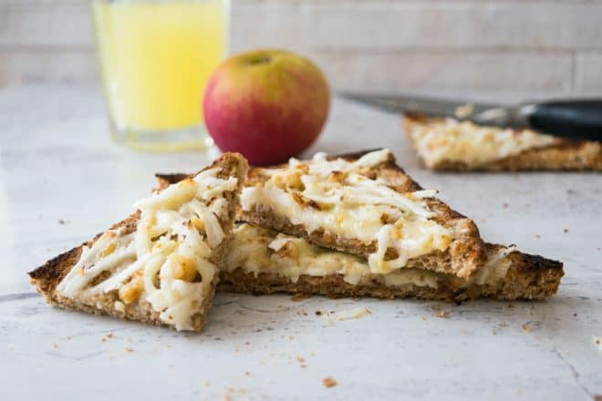 After School Snack Cheese, Apple And Walnut Toast Recipe